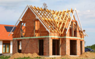 Что бросают в фундамент дома чтобы в семье был достаток?