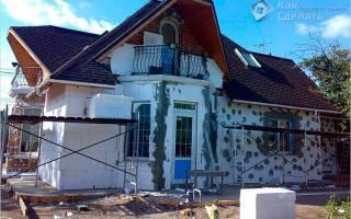 Как утеплить фасад дома пенопластом своими руками?