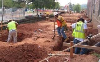 Как самому сделать свайный фундамент для дома на пучинистых почвах?