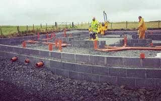Как сделать отверстие в фундаменте под канализацию с песчаной подушкой?