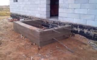 Как пристроить крыльцо к каркасному дому на свайном фундаменте?