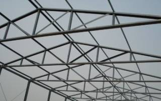 Треугольная односкатная ферма из профильной трубы