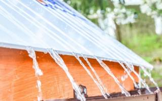 Капельники для металлочерепицы на ломаную крышу