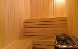 Утепляем пол в бане полистиролом после установки фундамента по грунту