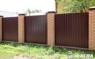 Сколько стоит железный лист на забор