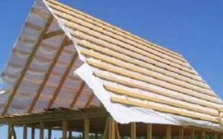 Как запиливать стропила двухскатной крыши?