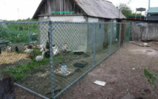 Как установить пластиковую сетку на забор?