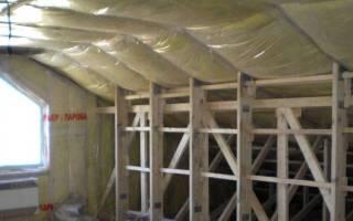 Как правильно уложить пароизоляцию на стены каркасного дома?