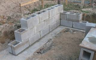 Можно ли использовать старые бетонные блоки под фундамент забора?